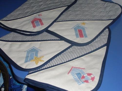 09-05 Tovagliette marine